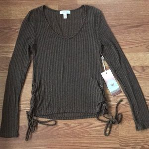 Sun & Shadow knit long sleeve top